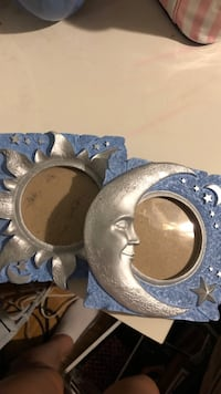 Sun and moon picture frames Kensington, 20895