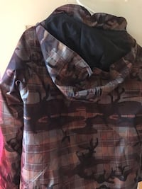 Black and gray camouflage jacket 72 km