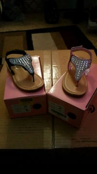 New w/box Toddler girl  blinged out Sandal size 8 2376 mi
