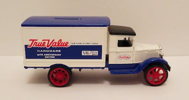 Vintage ERTL True Value 1931 Delivery Truck Bank T