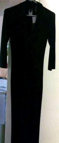 black classic long-sleeved dress- small