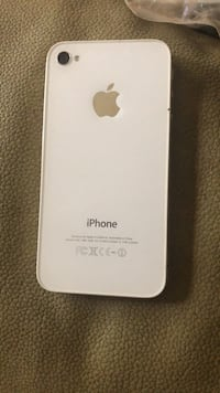 iPhone 4S - USED New Like Condition Brampton, L6S