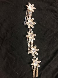(FREE if you buy any one of the dresses) FREE hair clips• jewelry • crystal 里弗赛德, 92507