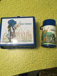 white-green-and-blue Holly Hobbie tumbler and lunch box Kitchener