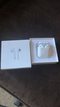 Apple EarPods with charger in box Salem, 97303