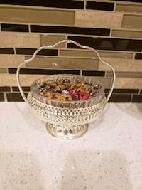 clear glass candy bowl  Vaughan, L4H 2L3
