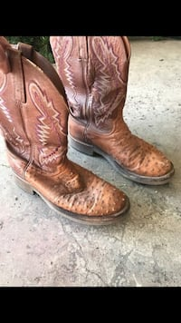 Men's size 9EE  lucchese boots ostrich   Rathdrum, 83858