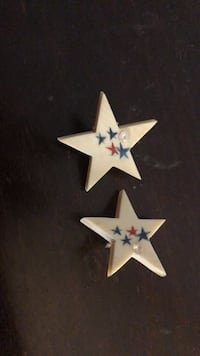 Unique July 4th theme clip on earrings New York, 10021