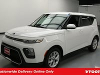2020 *Kia* *Soul* S hatchback Snow White Pearl Los Angeles, 90012