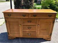 Solid maple buffet table Markham, L6C 2L6