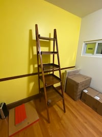 Ladder Shelves table/bookcase Wilmington