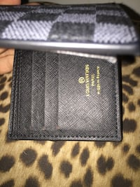 Black and gray leather wallet Aurora, L4G 1Z3