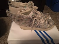 Jeremy Scott Money Wings size 9.5