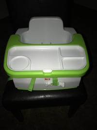 green and white plastic container Wichita, 67209