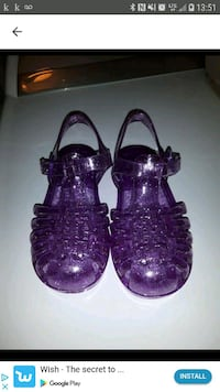 Jelly little girl shoes size 9 Laval, H7T 0A9