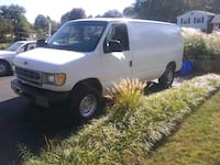1998 Ford cargo Van E250 Derwood