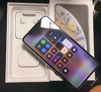 512GB Silver iPhone Xs max Burnaby, V5E 1H7