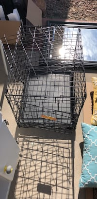 black metal folding dog crate Colorado Springs, 80951