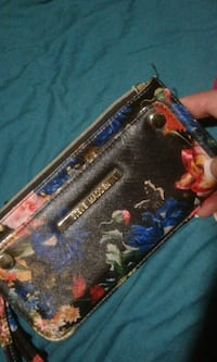 black and blue floral leather wristlet Burnaby, V5B