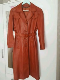 kvinnors bruna trench coat Gothenburg