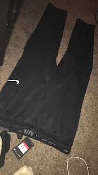 Nike Dry Fit Pants Large Brand New Never Worn  Cordova, 38016
