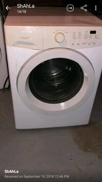 white front-load clothes washer Hamilton, L8W 1E7
