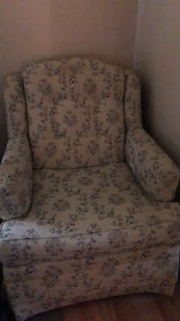 3 piece set. Needs cleaned. Last day for sale Fredericksburg, 22405
