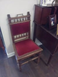 Turn of the century stunning decor chair !  Spruce Grove, T7Y 1A1