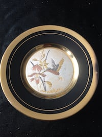 Small decorative plate with 24k gold