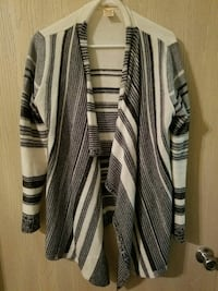 black and white stripe cardigan North Little Rock, 72113