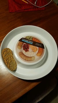 Cheese & Cracker plate, brand new