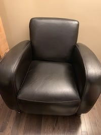 Leather chair Calgary, T2S 0G9