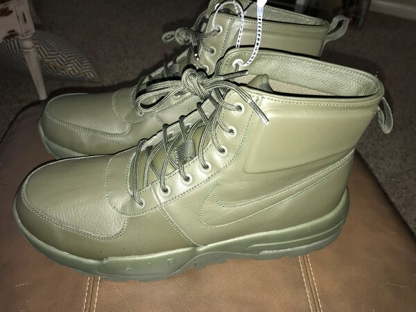 d4e670bfbe3793 Used Men s Nike Air Max Goaterra 2.0 Waterproof Boot for sale in Porter