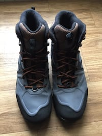 Used!! Merrel Men's hiking boots, insulated size 11... $90
