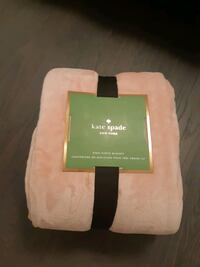 Kate spade King Fleece Blanket  Toronto, M9P 1A7