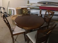 Round Wood Table w/4 Chairs Glen Allen, 23060