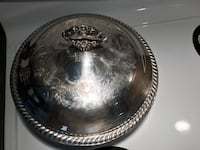 Silver plated casserole/chafing/serving dish with glass inside and cover.  Hamilton, L9A 1T3