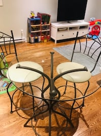 Bistro table with 4 chairs MONTREAL