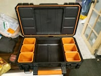 Rigid calapsable case with inserts Glendale, 91202