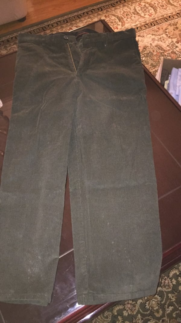 Brand new green corduroy pant 0