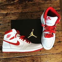 Pair of white-and-red nike sneakers Toronto, M5J 0A8