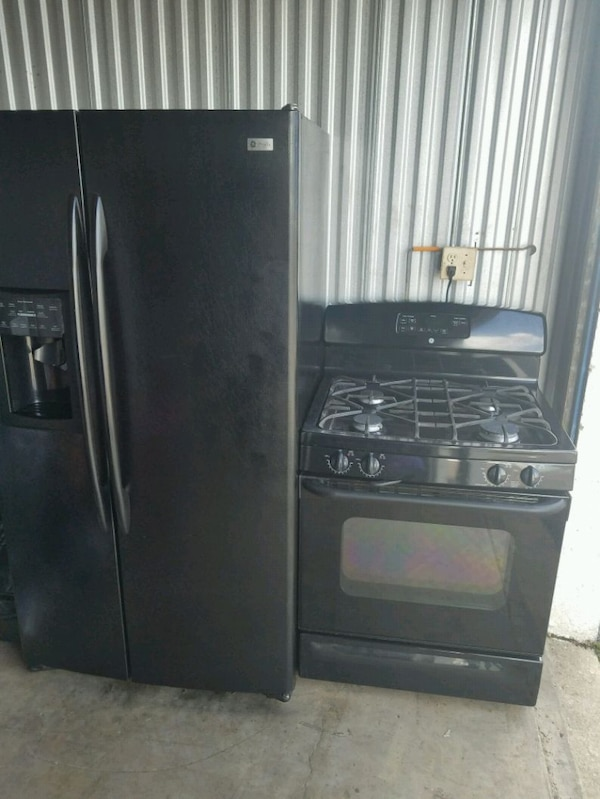 Refrigerator and gas stove