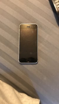 I phone SE gray 16 GB in Greek conditions Kissimmee, 34743