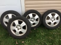 Ford Focus original rims with 205/55/16 Longueuil, J3Y 5X5