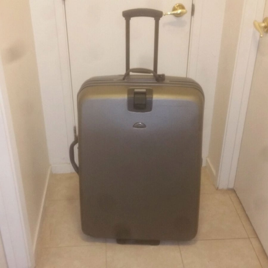 Bronze Samsonite hardside 30 upright