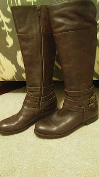 Ladies size 6 leather boots Linthicum Heights, 21090