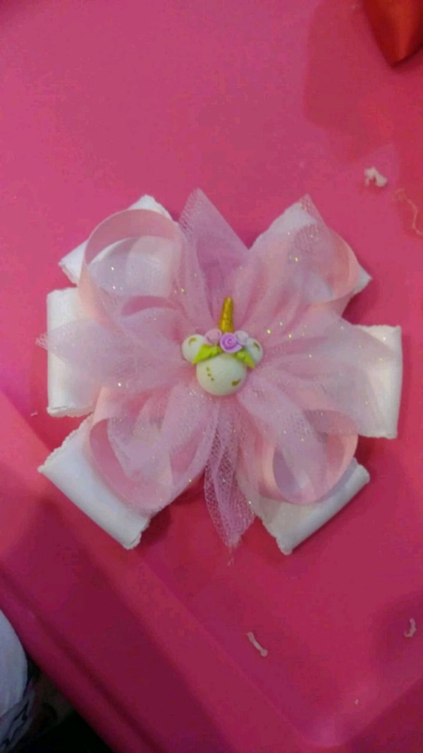white and pink flower decor