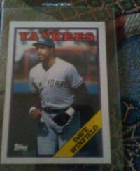 Dave Winfield baseball trading card