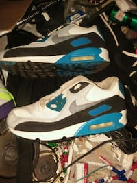 White-And-Blue Nike Airmax Shoes