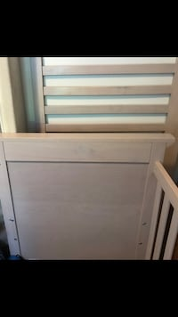 White wooden headboard and footboard Vancouver, V6P 3X4